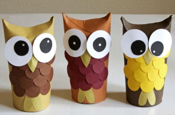 Corujinhas de rolo de papel higiênico podem assumir várias facetas e até enfeitar a sua casa (Foto: topp-kreativ.de)