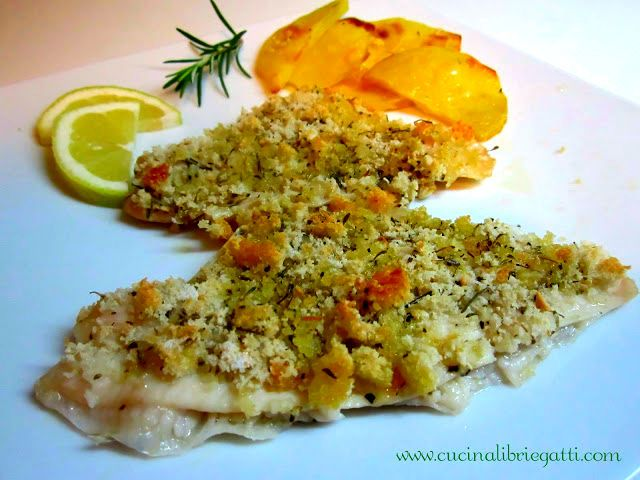 La ricetta perfetta per far mangiare il pesce a grandi e piccini recalcitranti il filetto di platessa in crosta aromatica al forno con patate.