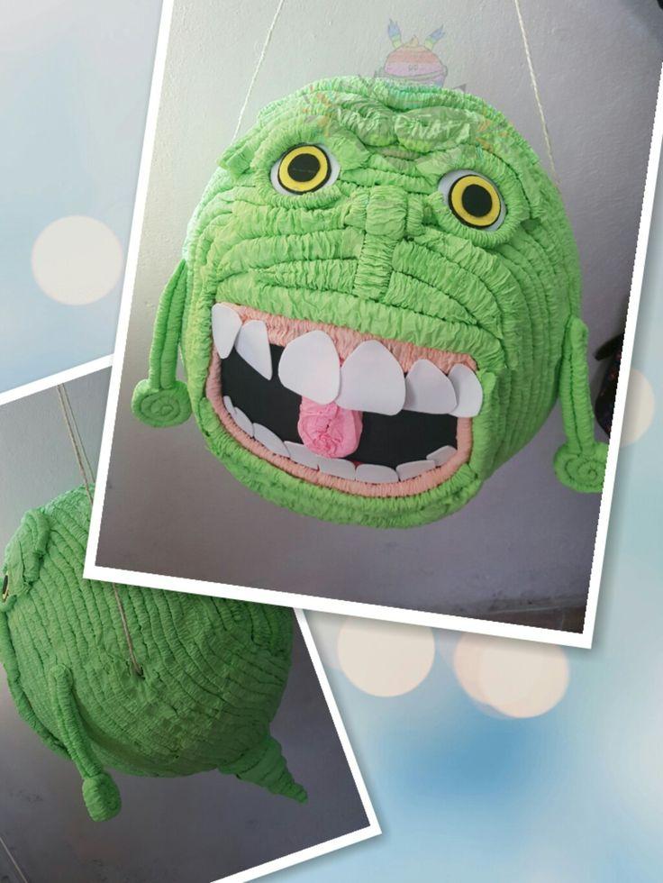 """#Piñata #Slimer #Ghostbusters    """"Pegajoso"""" en la versión hispanoamericana, """"Moquete"""" en la española  y ustedes cómo lo llaman?"""