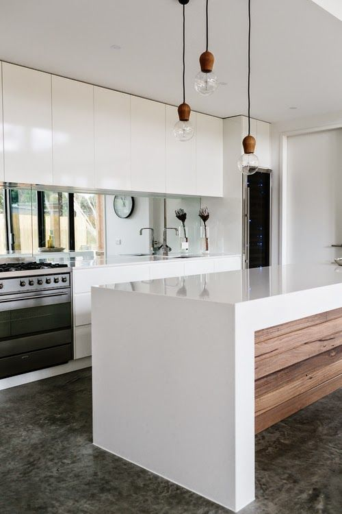 An Urban Village: COTTESLOE - BARWON HEADS RESIDENCE BY ALTERECO DESIGN
