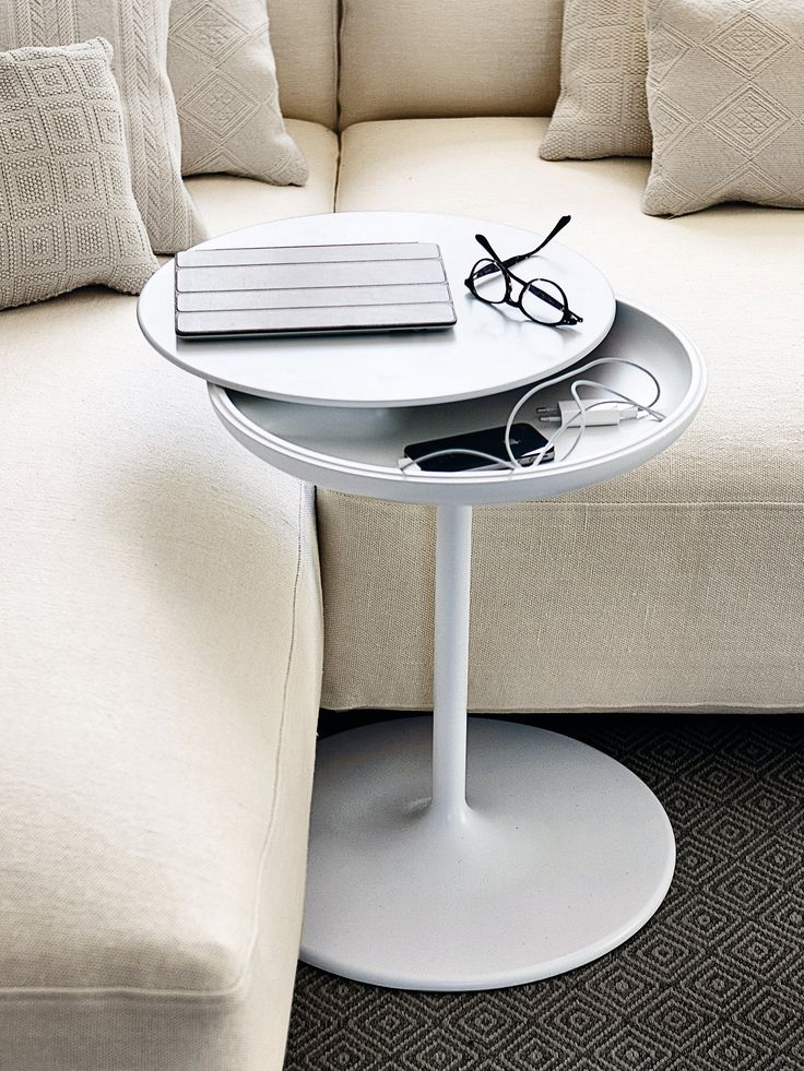 Round coffee side #table TOI by @Zanotta  | #design Salvatore Indriolo