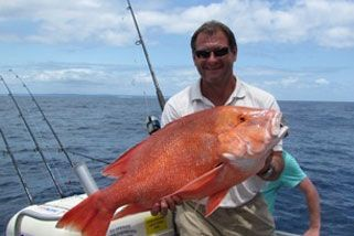 5 Hour Offshore Fishing Trip in Noosa with Red Balloon