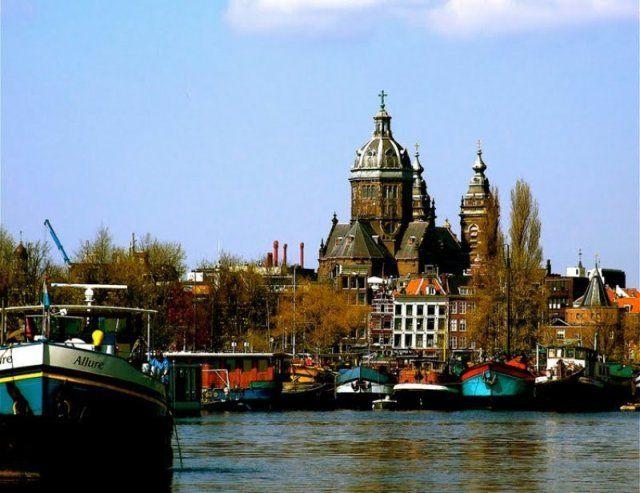 The Lovely Amsterdam