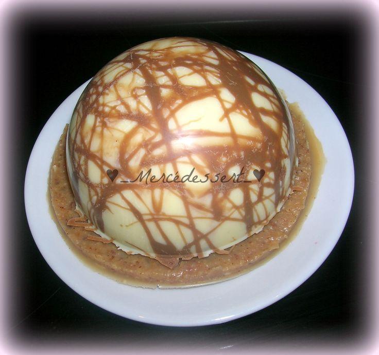 Aujourd'hui je suis allée chercher une recette chez Amandine du blog &Les p'tites douceurs de Nini& et sa recette ici. J'ai complètement craqué sur ses dômes chocolat blanc crémeux aux fraises qu'elle a imaginé et créé elle-même. C'est délicieux... léger.......