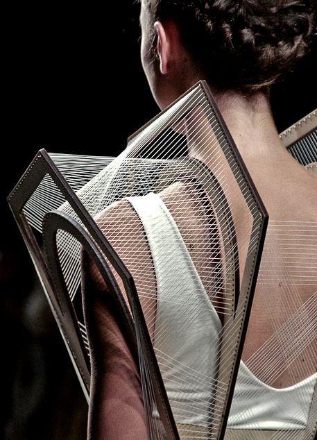 Architectural Fashion - 3D fashion design with intricate structural construction; wearable art // Winde Rienstra