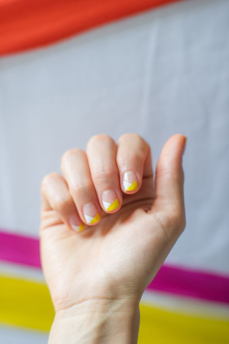 SCOCHT MANICURE graphic nail art using scotch tape  http://www.say-yep.com/issue2/