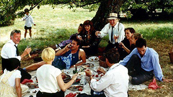 Dominique Blanc Bruno Carette Michel Duchaussoy Miou Miou Michel Piccoli And Harriet Walter In Milou En Mai 1990 Scenes Louis Film
