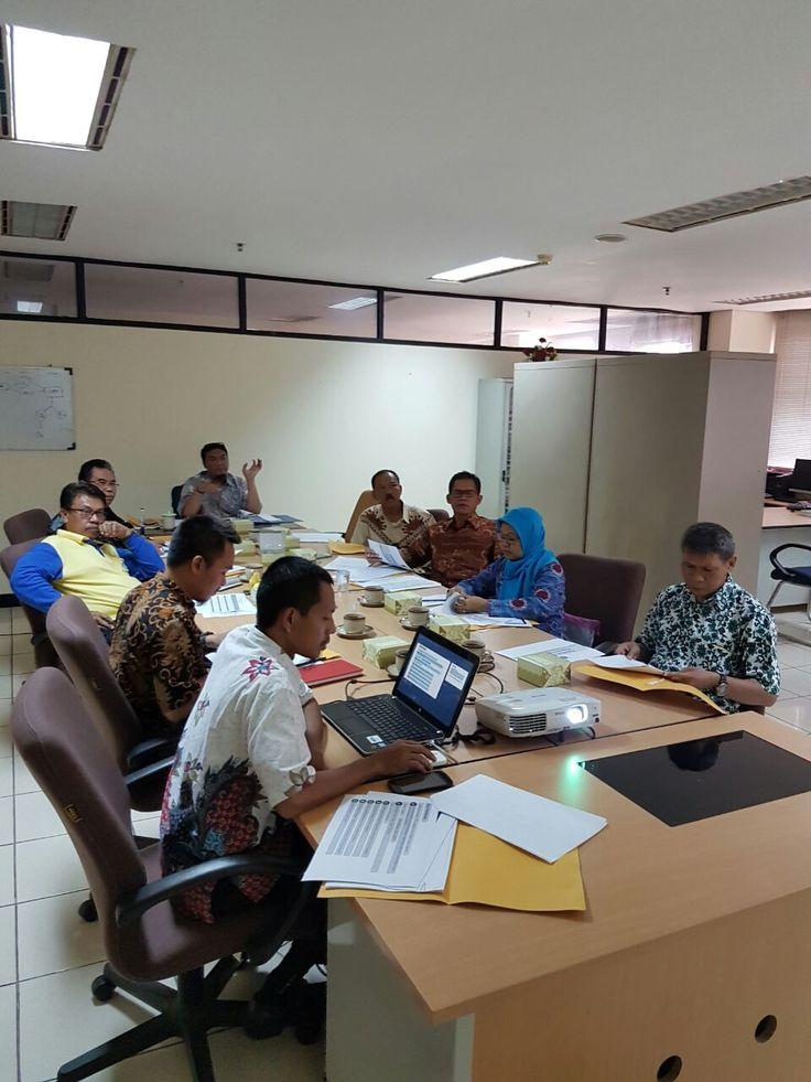 Rapat Koordinasi dengan Kelurahan dan Kecamatan TL Instruksi Gubernur No.5 Tahun 2016