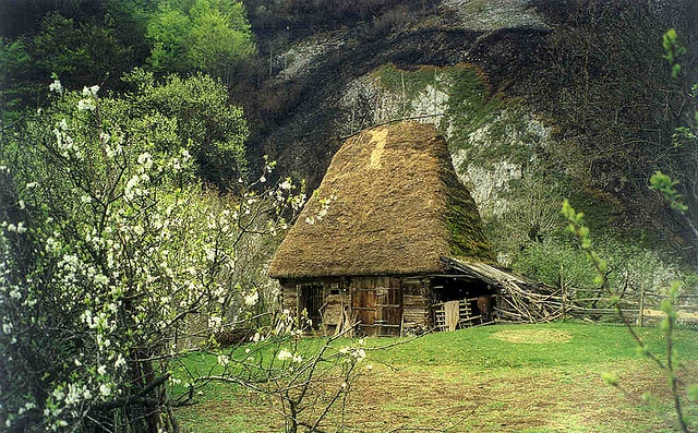 Posaga, Romania http://www.flickr.com/photos/fusion_of_horizons/554278660/in/set-72157603253411637/