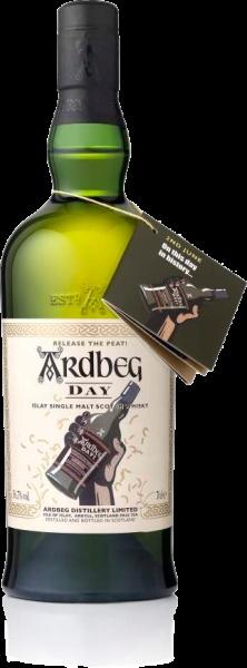 """ARDBEG DAY: Deze fles meegebracht  vanuit Waregem, op de eerste Ardbeg day. Uitgedronken in hetzelfde jaar op """" 't Strand van Ingelmunster"""" aan 't kanaal."""