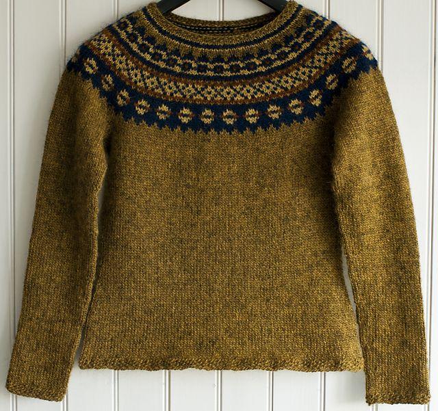 Aftur jumper pattern by Védís Jónsdóttir, via Ravelry.