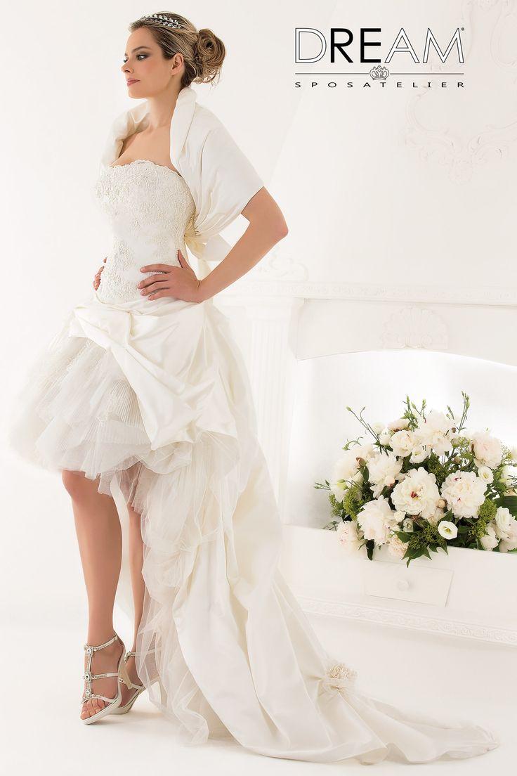 """DREAM SPOSA ATELIER Abito da sposa in trasformabile lungo - corto """"Mod. PASSION """" Bridal dress convertible from long to short """"Mod. PASSION"""" #dreamsposa #dreamsposaatelier #abitidasposaroma #abitidasposa #bridaldresses #wedding #bridaldesign #hautecouture #fashion #moda #altamoda #abitidasposaesclusivi #modasposa #nonsolomoda #catwalk #paris #london #milano #newyork #vestitidasposa #vestitidasposaroma"""