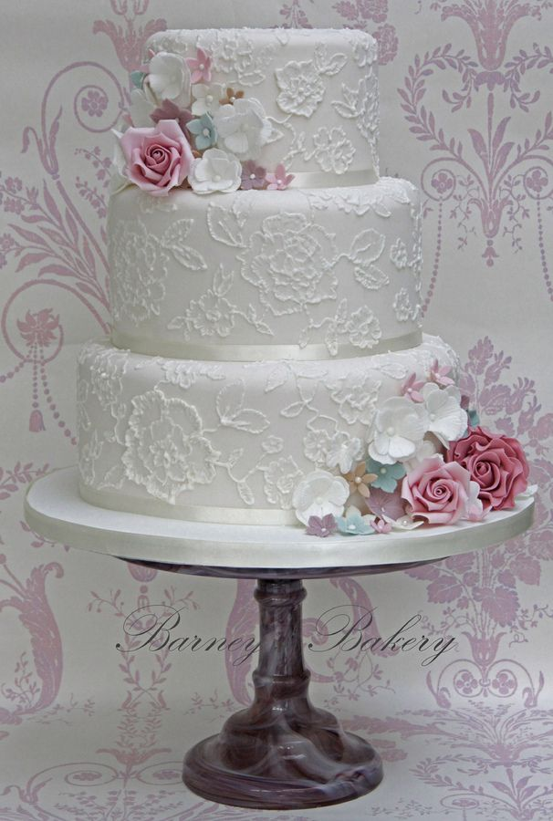 Vintage Lace Cake Decorating : 25+ best ideas about Brush Embroidery on Pinterest Brush ...
