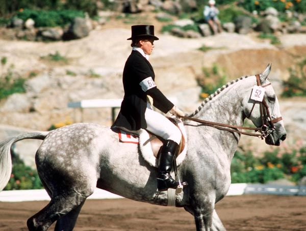 Juliet Graham du Canada monte Sumatra aux sports équestres aux Jeux olympiques de Montréal de 1976. (Photo PC/AOC)