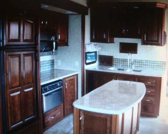2012 Used Palomino Columbus F320rs Fifth Wheel in Texas TX.Recreational Vehicle, rv, 2012 Palomino Columbus F320rs , Nada Guide average retail $63,545 with Low retail price of $ 52,755, our for sale by owner price is $ 39,995 This is luxury residential living at it's best in this awesome 5th wheel. It was the one number best selling trailer in 2012 when we purchased it. It is still in great condition. Offers 3 slides, one in the bedroom and two superslides for extra living area. Has TWO air…