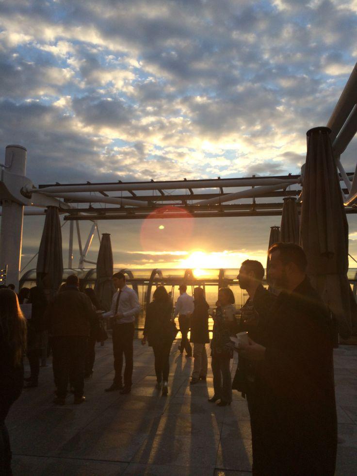 Exposition privatisée Henri Cartier-Bresson au Centre Pompidou ! #CapturCall #Paris #Beaubourg #sunset #view