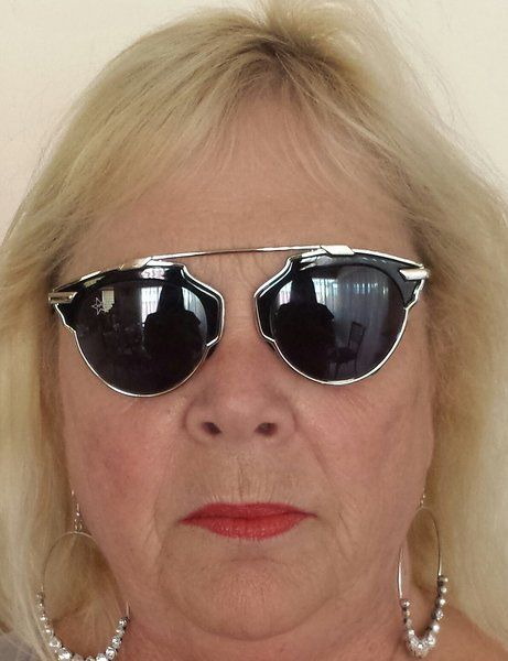 AGTS Black and Silver Framed Sunglasses with Round Lens