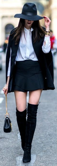 Cape, Mini, 70s Vibes hat & Over-the-Knee Boots   style.