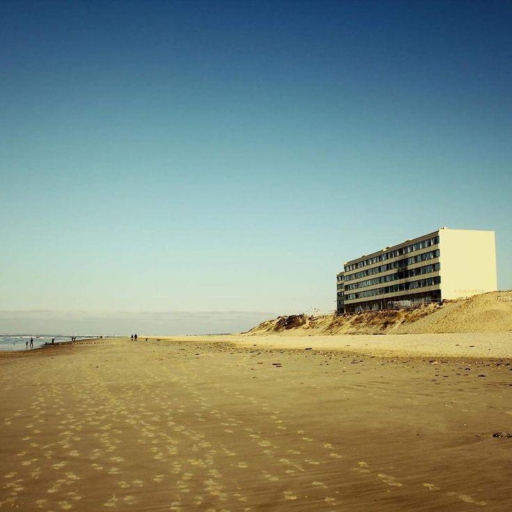Souvenir de Soulac - immeuble abandonné - #urbex #soulac #canon #beautiful #beach  #ocean #urbexfrance #urbexworld  #like4like #likeforfollow #likeforlike #like4follow  #blog #frenchblogger