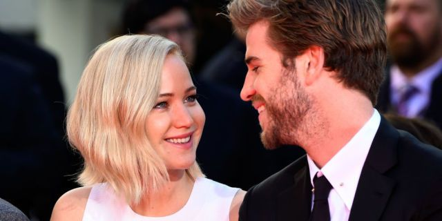 Liam Hemsworth Did The Sweetest, Most Gentlemanly Thing for Jennifer Lawrence - Seventeen.com