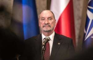 Antoni Macierewicz, szef MON - CO MON / Anna Jakubczyk