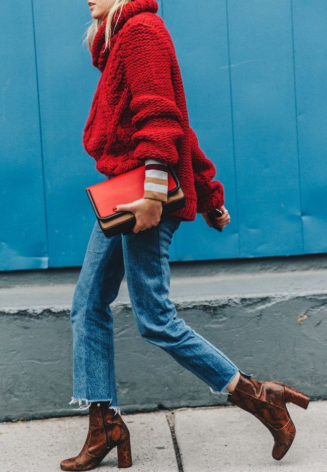 Wanted : un gros pull rouge à porter avec des bottines marron (photo Collage Vintage)