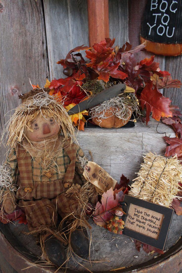 Primitive decor. Halloween, fall scarecrow 2013