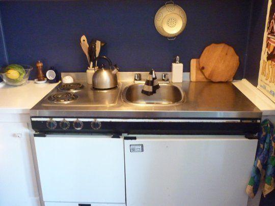 Rod under sink-easy organization ideas #apartmentherapy