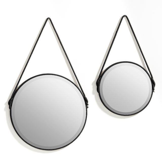 Miroir, Lien AM.PM : prix, avis & notation, livraison.  Le miroir biseauté Lien. Il joue avec la lumière et donne de l'éclat à la déco ! Caractéristiques : - Finition corde en coton coloris camel autour du miroir et pour l'attache. - Dos en MDFDimensions : - Taille 1 : Ø35 x H64,5 cm- Taille 2 : Ø50 x H85,5 cm