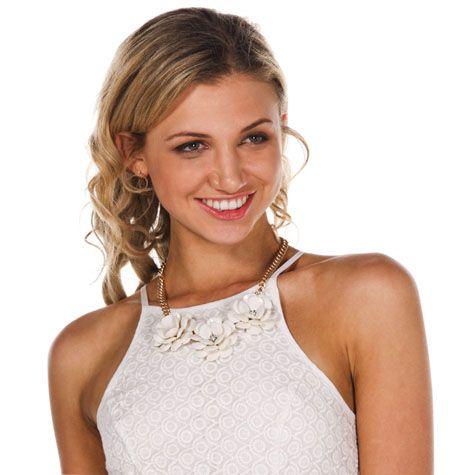 Karyn In La 3d Flower Necklace from City Beach Australia