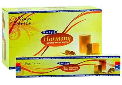 H Satya, ένα τμήμα της Shrinivas Sugandhalaya, είναι μία από τις πιο αξιόπιστες εταιρείες στην Ινδία σε στικάκια. Βασισμένο στο Bangalore, άριστη ποιότητα του ελέγχου Satya, εξασφαλίζει υψηλής ποιότητας στικάκια κατασκευασμένα από φυσικά συστατικά που είναι προσαρμοσμένες για τις διεθνείς αγορές. H Satya παρουσιάζει την σειρά Γιόγκα, διατίθεται σε συσκευασία 15 γραμμαρίων, μια επιλογή των αρωμάτων σχεδιάστηκε για να δημιουργήσει μια θετική ατμόσφαιρα. Aπό κεχριμπάρι και αραβικού κόμμεος.