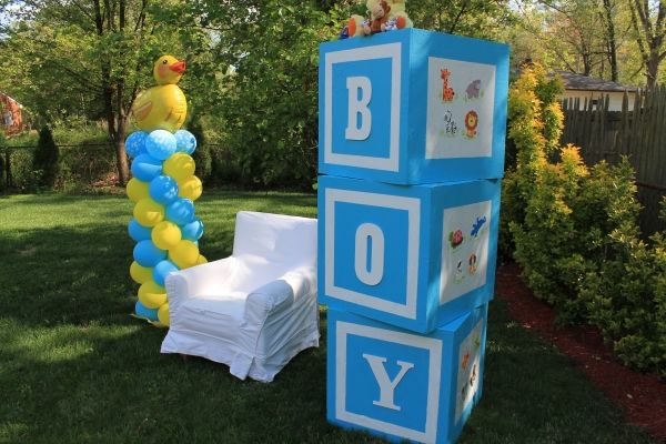 Rubber Ducky baby shower- A perfect theme for a baby boy shower.