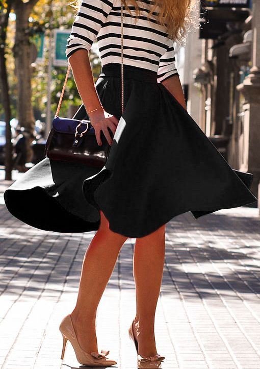 """howtoboho: """"Black High Waist Flare Skirt by Romwe http://www.shopstyle.com/action/loadRetailerProductPage?id=484560849&pid=uid881-31150641-73 """""""