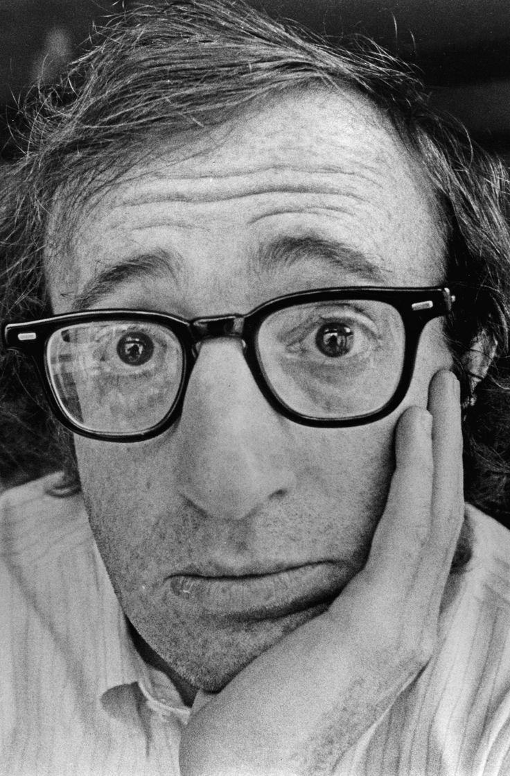 """""""Quanto gli manca da vivere?"""" - """"Se applicassimo le ultime scoperte mediche all'incirca otto minuti"""" (Woody Allen)"""