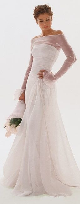 Wedding dresses - LadyLuxury I could never pull this off, but I love how strong and elegant this looks!