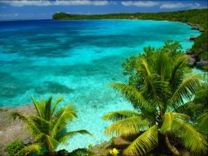 Lifou - Nouvelle Calédonie Découvrez les lieux à ne pas manquer dans ce petit coin de paradis !http://blog.ecotour.com/bons-plans/nouvelle-caledonie-un-caillou-sous-les-tropiques/#