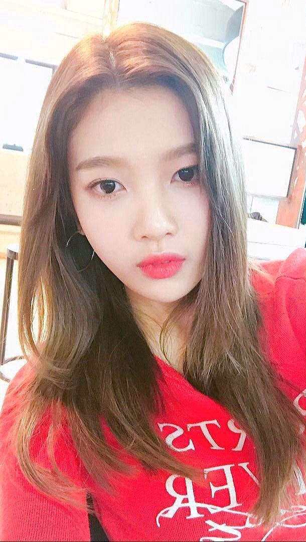 Red Velvet Joy Wallpaper Redvelvet Reveluv Joy Kpop Selca