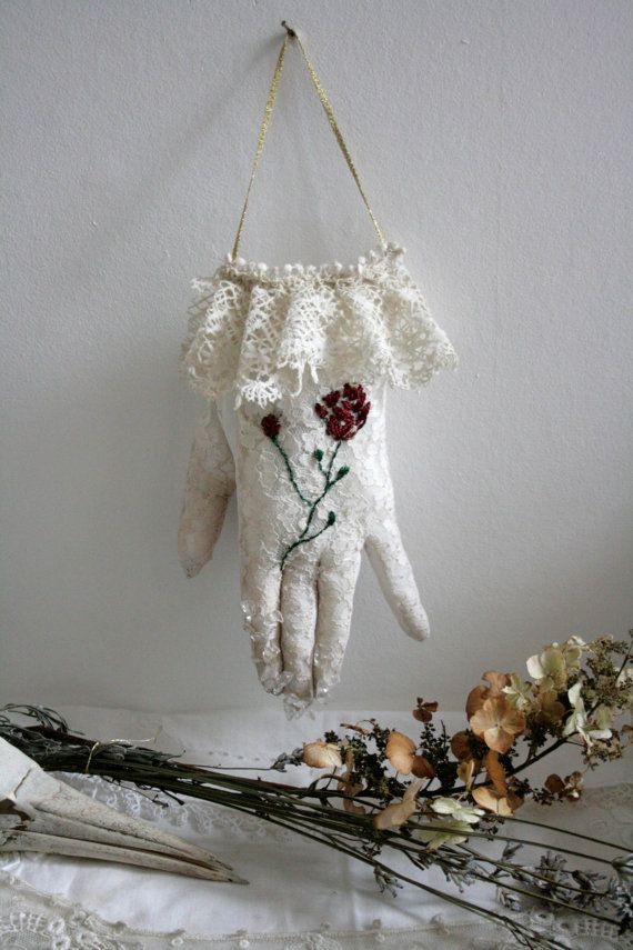 Your beautiful hand... OOAK soft sculpture textile by pantovola