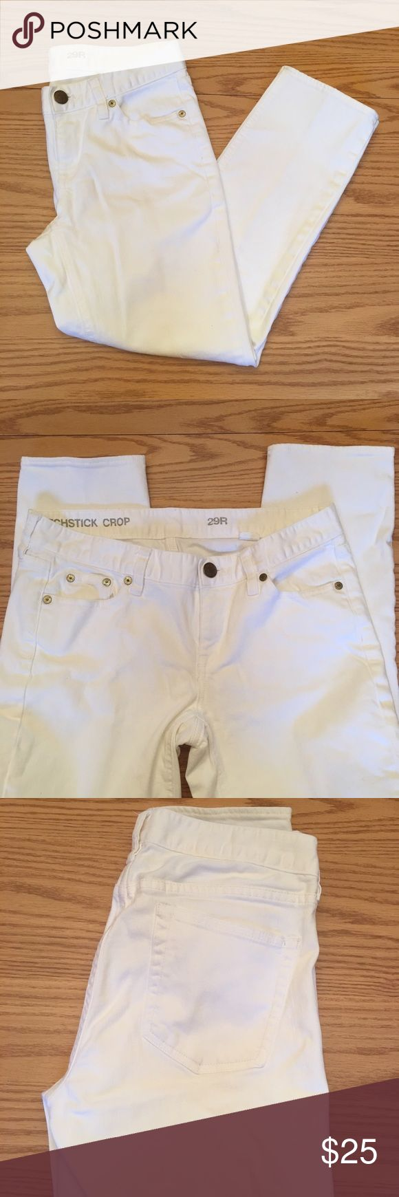 "White J. Crew Matchstick Cropped Jeans These super cute white jeans are cropped with a 25"" inseam. There's time to get a lot of wear out of your white before Labor Day! Make the most of it. Excellent condition. No stains or holes.  ⭐️Same or next day shipping ⭐️I love offers! ❤ ⭐️15% off a bundle of 3+ items ⭐️Additional pictures or measurements upon request ⭐️Measurements are as accurate as possible, but allow for some variability. J. Crew Jeans Ankle & Cropped"