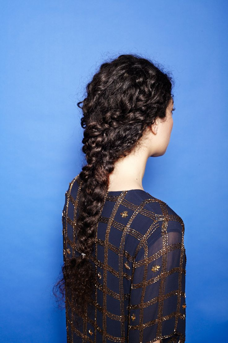 DIY: 4 braids for curly hair