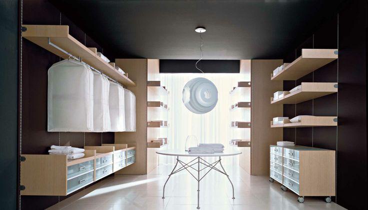 Cabina Armadio Pratico di Zanette http://www.zanette.it/it_IT/products/3/gallery/9/line/18