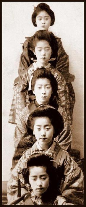 History of the japanese geisha