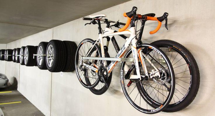 Dekk- og sykkelstativ