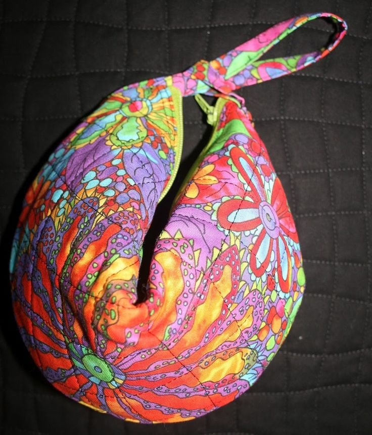 Fortune Cookie Purse - Free Tutorial by Random Acts of Piece