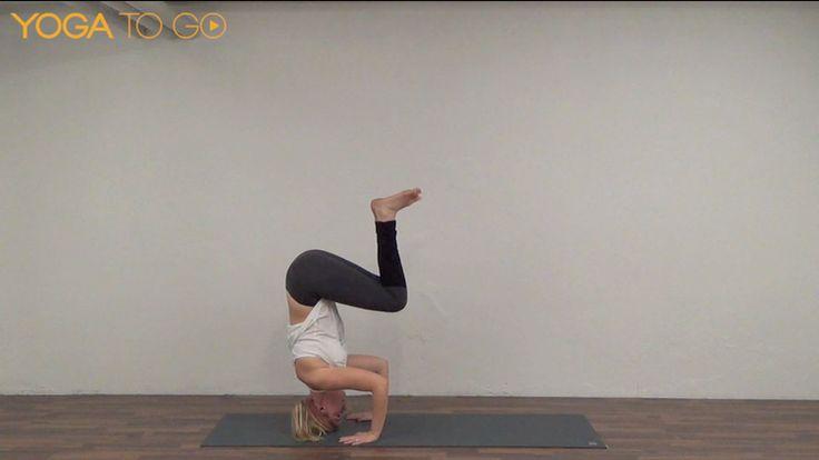En halv times kontinuerligt flow! Knap så meget snak, og mere bevægelse! Vi laver i denne video et afrundet flow som du kan bruge hvis tiden er knap, men stadigvæk ønsker at få sved på panden.