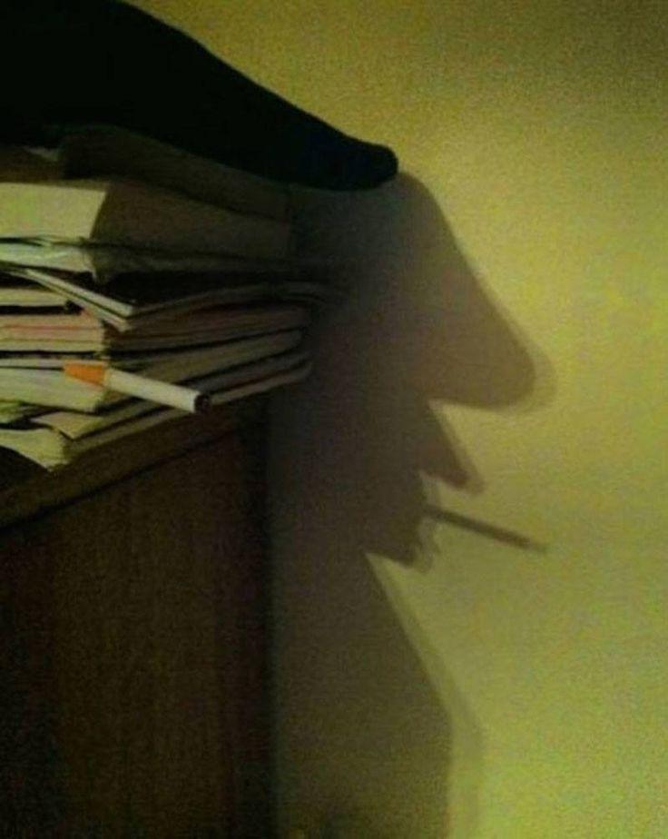 Smoking Man Shadow. The 12 Most Awesome Shadow Illusions Ever Captured – BoredBug