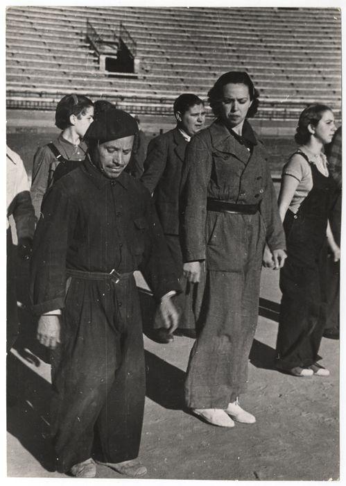 Spain - 1937. - GC - Training of the New People's Army, Valencia, March 1937//Gerda Taro