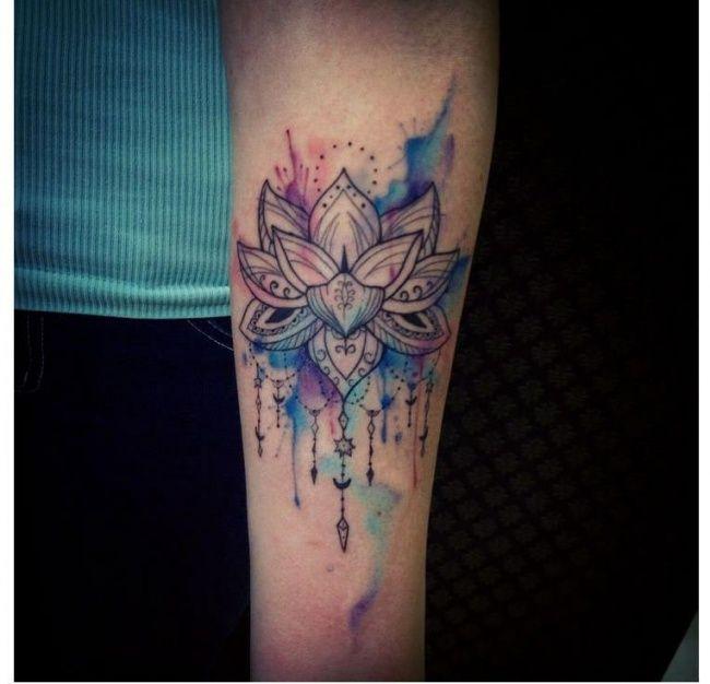 Tatuaż Kwiat Lotosu Na Przedramieniu