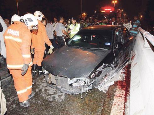 Blog Sensasi: #Mangsa kemalangan sempat peluk teman wanita sebel...