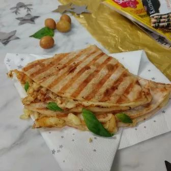 Kantoorlunch: Vega wrap met kaas, olijven & basilicum